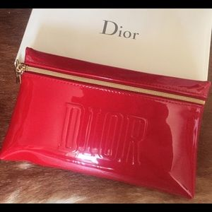 DIOR RED LOGO GOLD STAR CHARM ⭐️ MAKEUP BAG CLUTCH